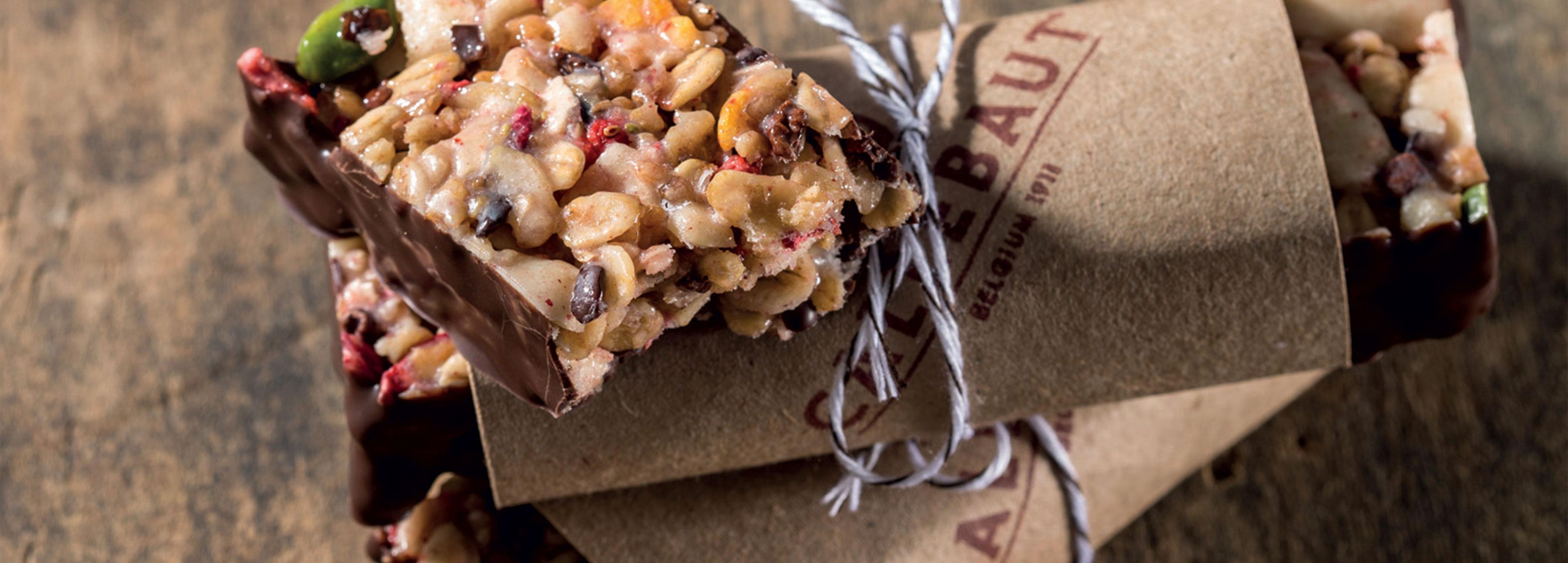 Dried fruit and cocoa nib granola bars