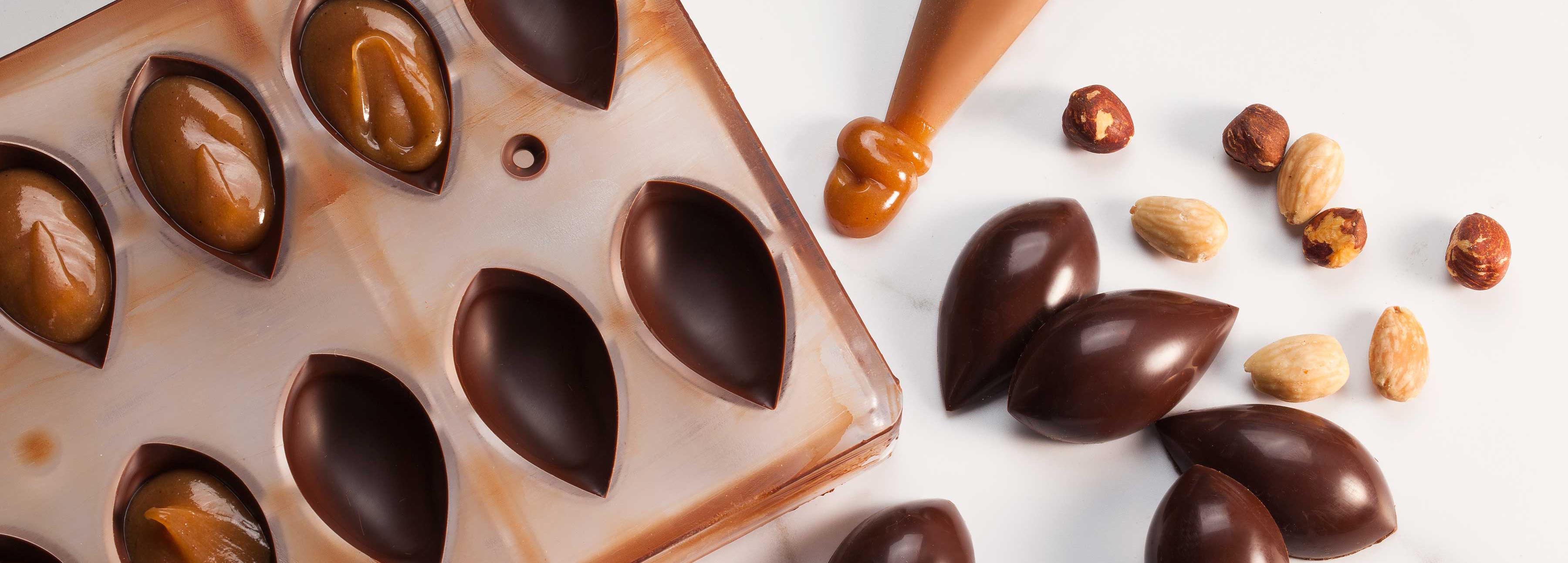 Praliné aux amandes pour bonbons moulés